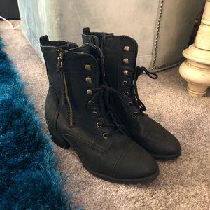 REPORT heeled Combat Boots
